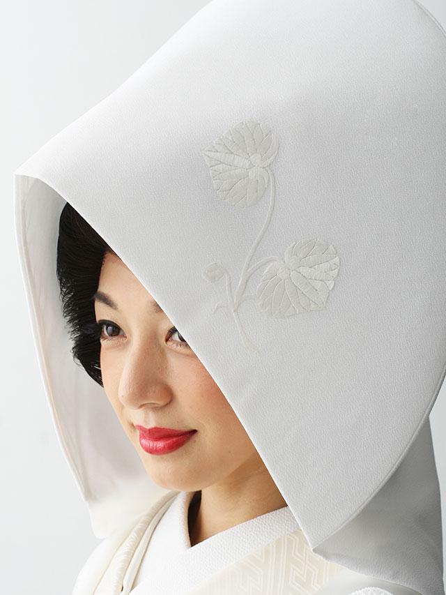 双葉葵の刺繍入りの綿帽子